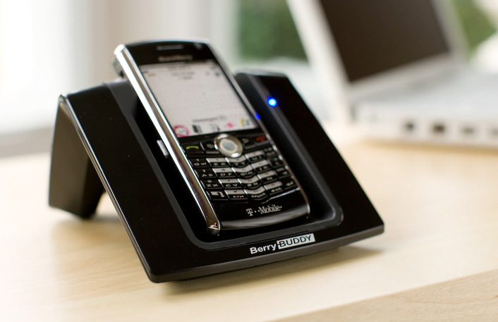 BerryBuddy desk charger